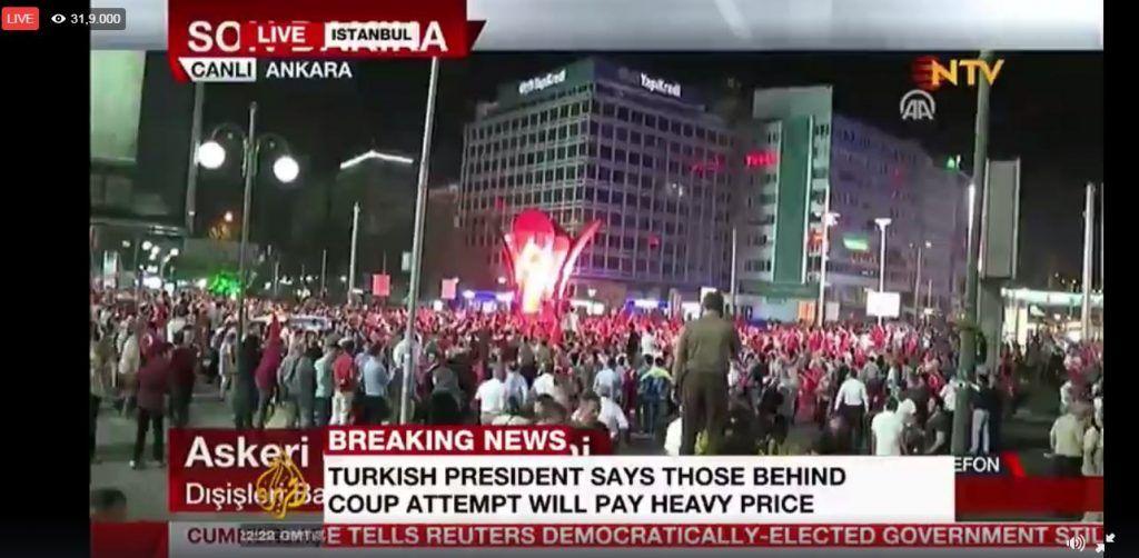 La plaza Taksim, tomada por los ciudadanos de Estambul