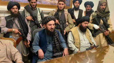 Los talibanes en el palacio presidencial de Kabul